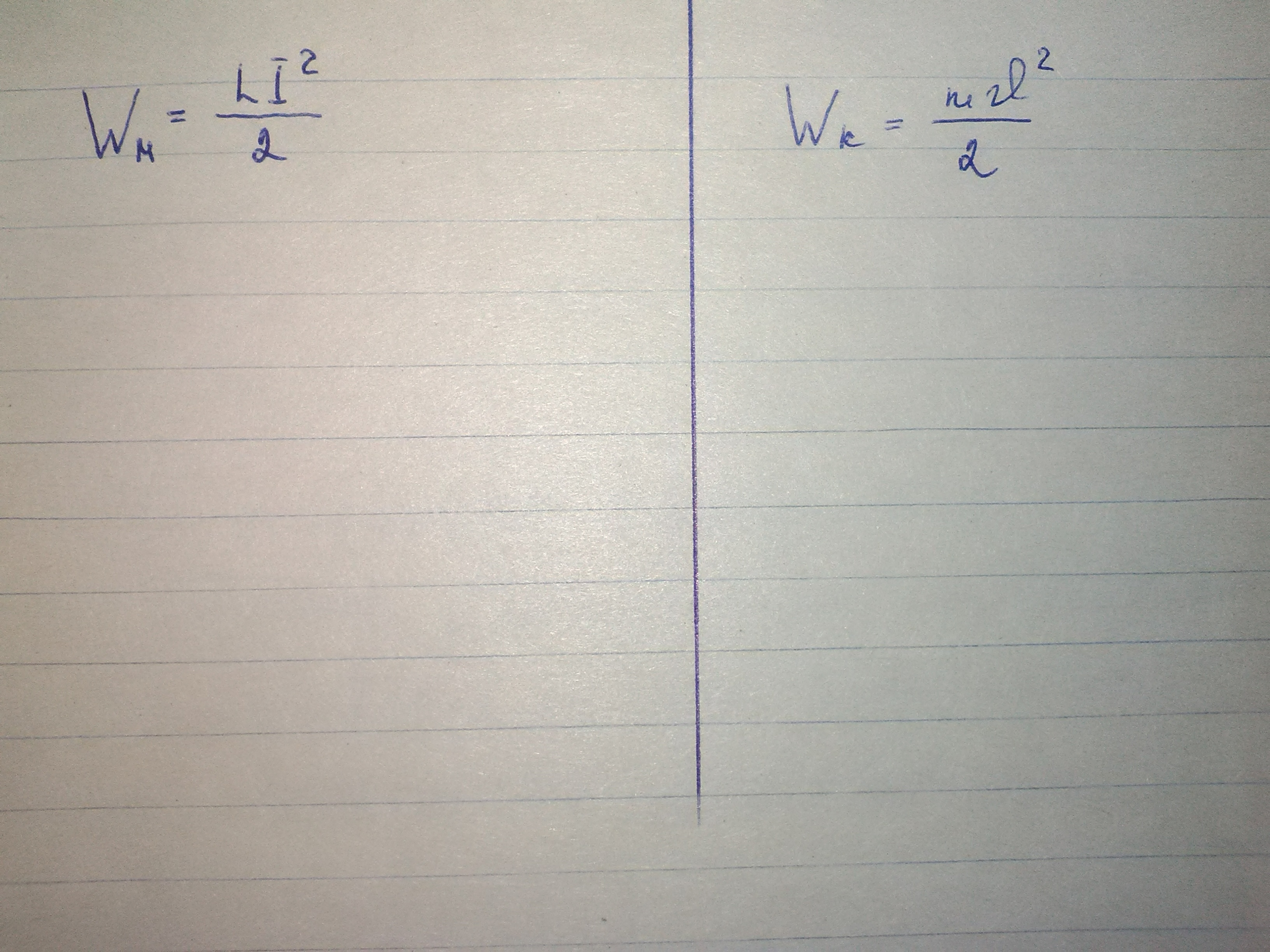 Физика. Сравните две формулы из таблицы,напишите их сходства и различия
